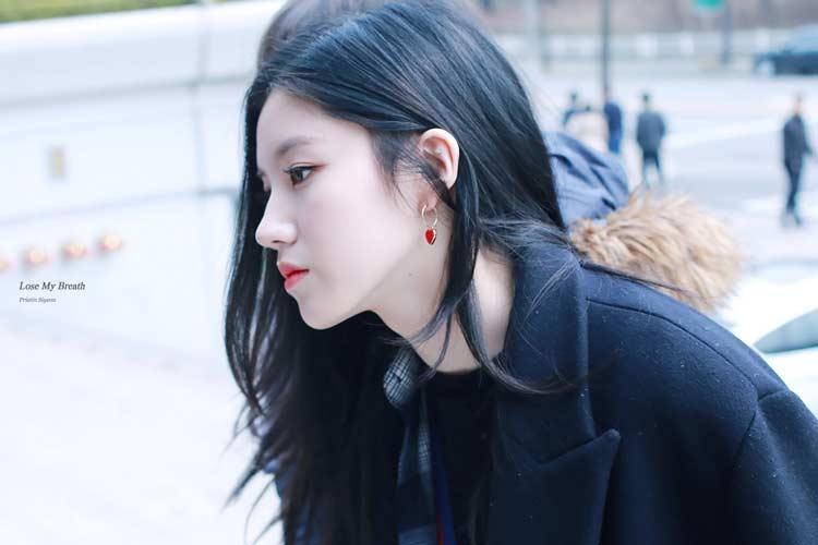 دختر کره ای