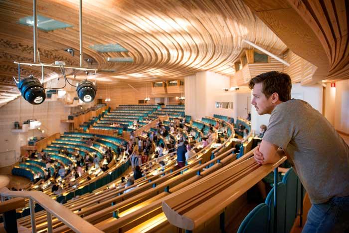 دانشگاه در سوئد