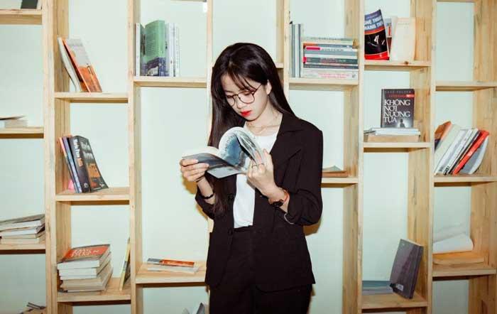 در حال مطالعه انگلیسی